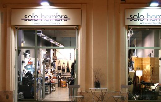 Solohombre - Plaza Colegio del Patriarca