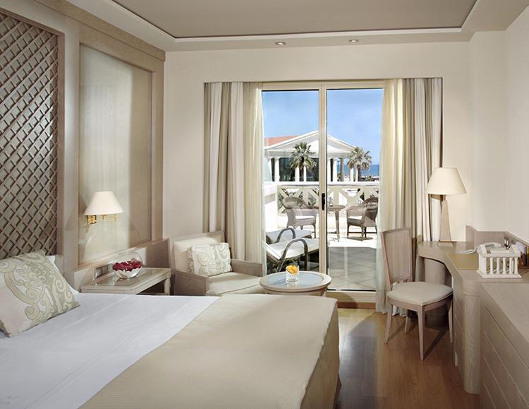 Hotel Santos Las Arenas